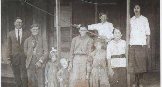 Thomas Haskell Robertson Family