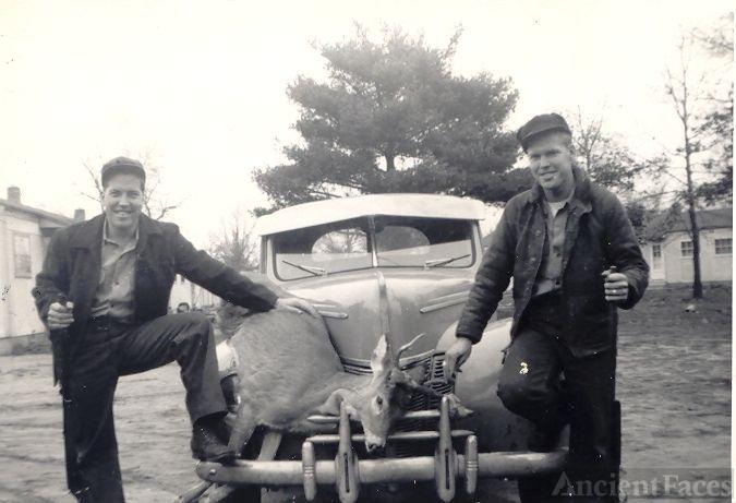 William Henry & Ellis Coaster Ford
