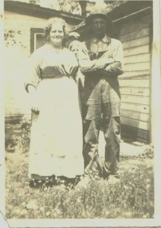 Lizzie, Johnny, and Raymond Long, 1917
