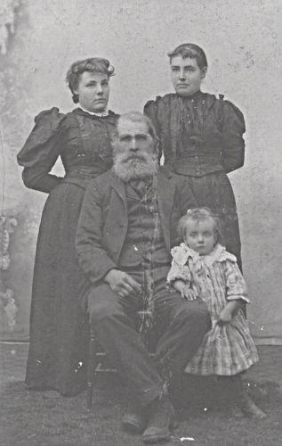 James Gilbert Palmer and family