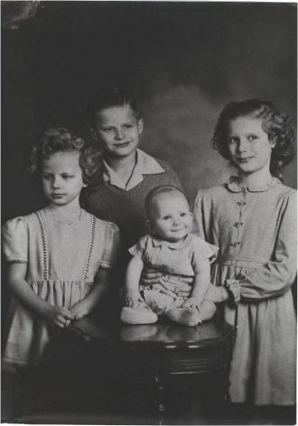 Arnold & Carmen Barber Children