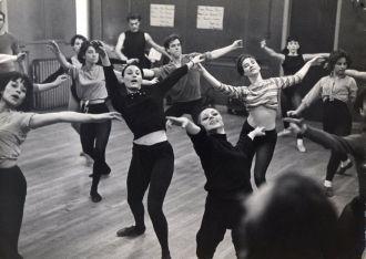 Molly Molloy, Dance Class