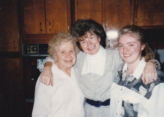 Vera Macer, Carole & Amy Nason