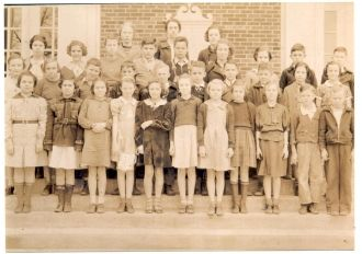 Taylor's school class picture