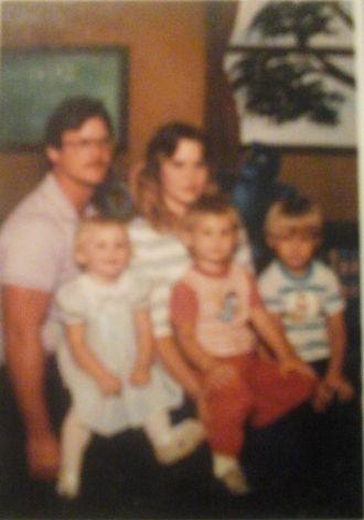 Tony E Creekmore family