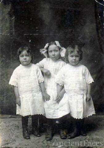 Arthur,Bessie and Annie Norvell