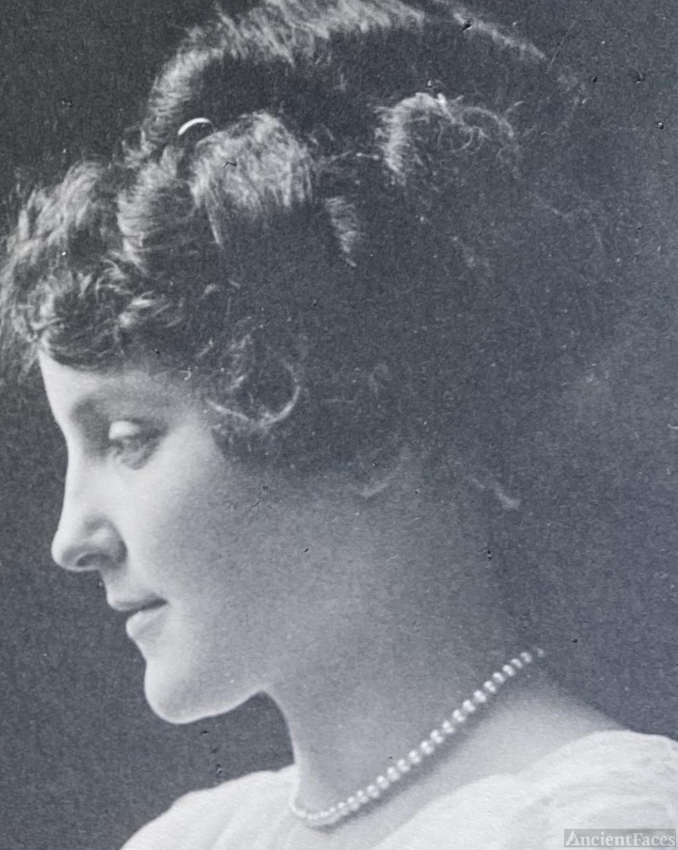 Effie Maud (Wooler) Crooks