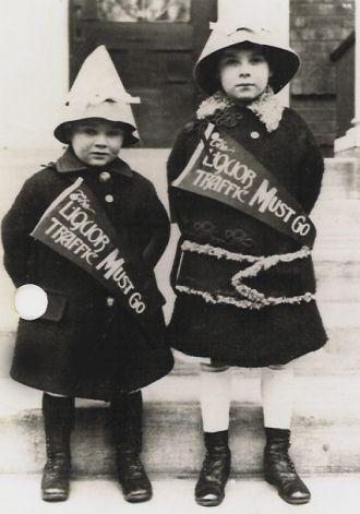 Constance & Robert Sharp, 1912 IL