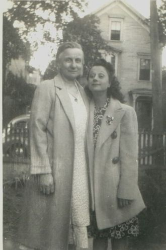 Dorothy (Bertram) & Alice Heidke, 1945