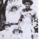 Ida,David Tapp and sister Minnie