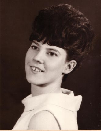 Joyce Elizabeth (Chisholm) Silke