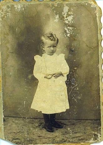 Child named May Sikes