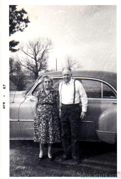 Lorenzo Dow Jr and Aretta Mccree Howell