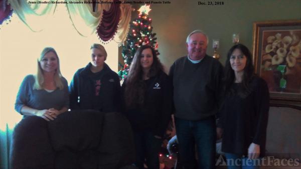 Bradley, Richardson, Tuttle Family, 2018