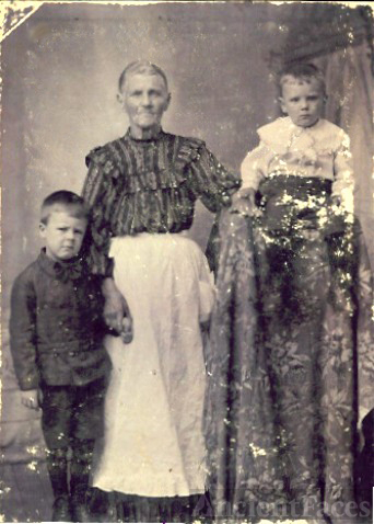 Asenath Evans & Granchildren