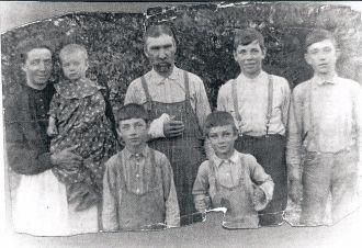 John Koch Family, Missouri