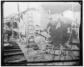Wreck of the Vizcaya, Battle of Santiago, 6-inch rapid...