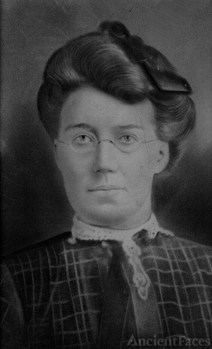 Emily Smith Petticrew