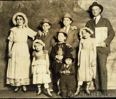 Capps family