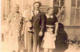 Elizabeth Eddy and Family AR