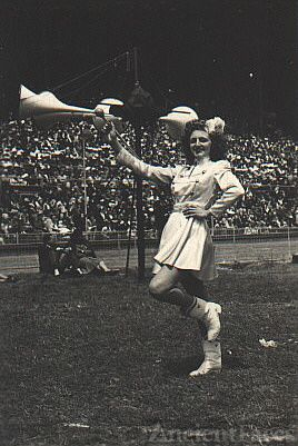 Cheerleader Barbara Weaver