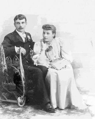 Charles & Anna (Helland) Taylor, Idaho 1893