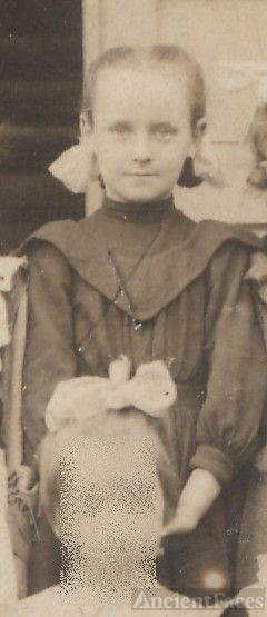 Beulah Witherup, schoolgirl