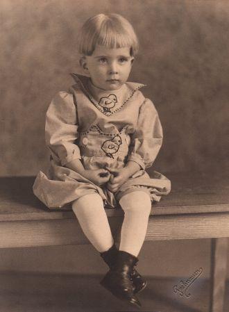 Herbert Lee Young, 1922