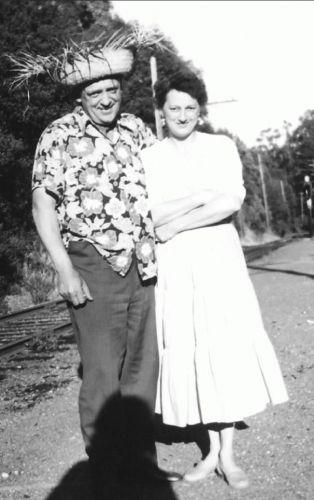 Raymond & Bethel in Alamo