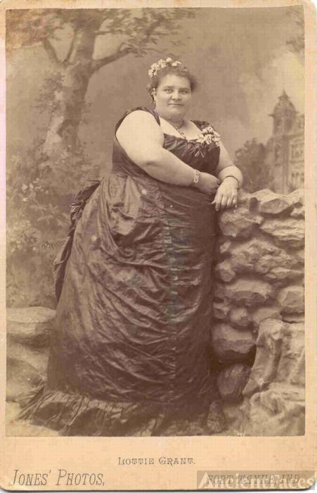Lottie Grant (Elizabeth Charlotte Stice)