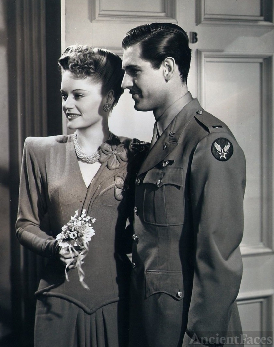 Alexis Smith and Craig Stevens