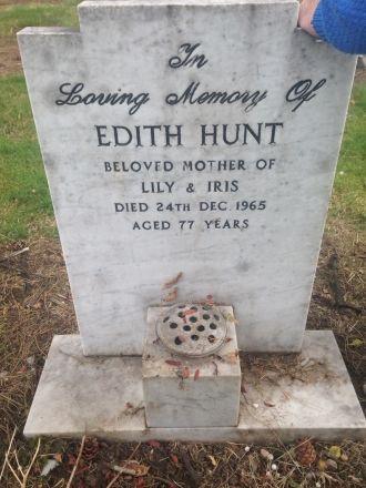 Edith Hunt Grave
