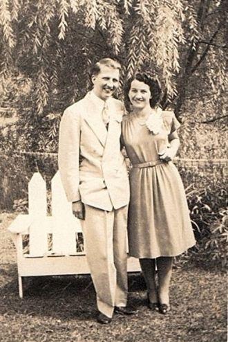 Herbert & Genevieve Mae (Ulmer) Young, 1946