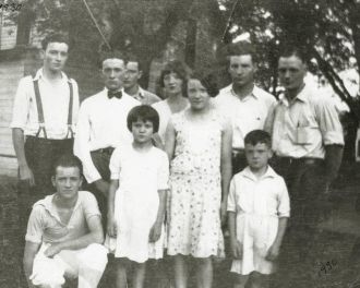 Harvey & Myrtle Marshall Family, Iowa 1930
