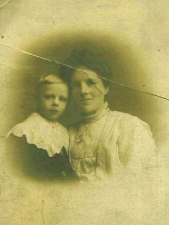 Millicent Ryder (Thacker) with her son Norman William Ryder