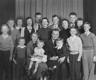 Oliver, Ruth (Mossengren) Wolner Family, 1953