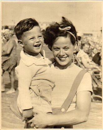 Lillian and Michael Goldberg