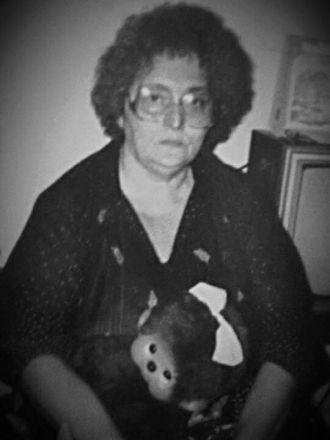 Elaine F Perry