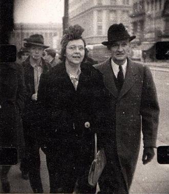 Lina & Ray Cortland Young, 1940