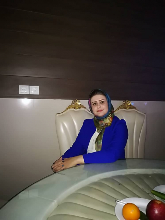Sarah Mahnaz Behmanesh-Easley