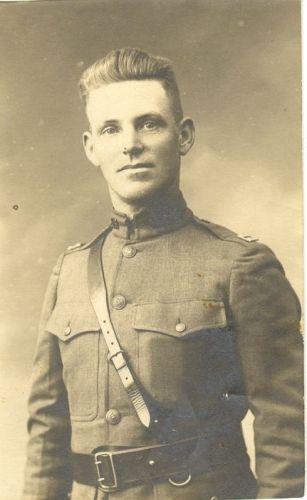Thomas E Earp