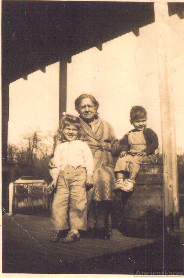Grandma & 2 grandchildren