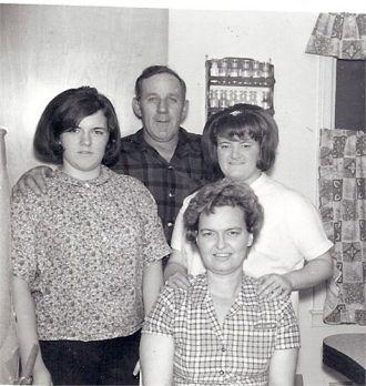Nancy, Frank, Sharon, & Valerie Porter, MI 1962