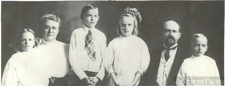 Owen Edgar Webb Family