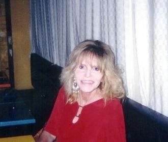A photo of Linda Garrett