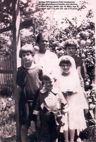 Bertha Sositko and Children 1925