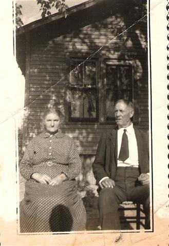 Mr. & Mrs. Thomas in Arkansas