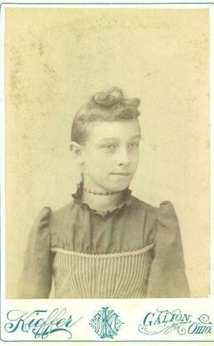 Unknown Woman 12