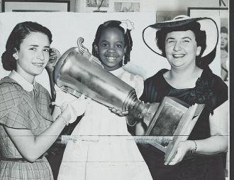 Gladys Knight 1952