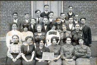 Richmond Dale High School, 1912